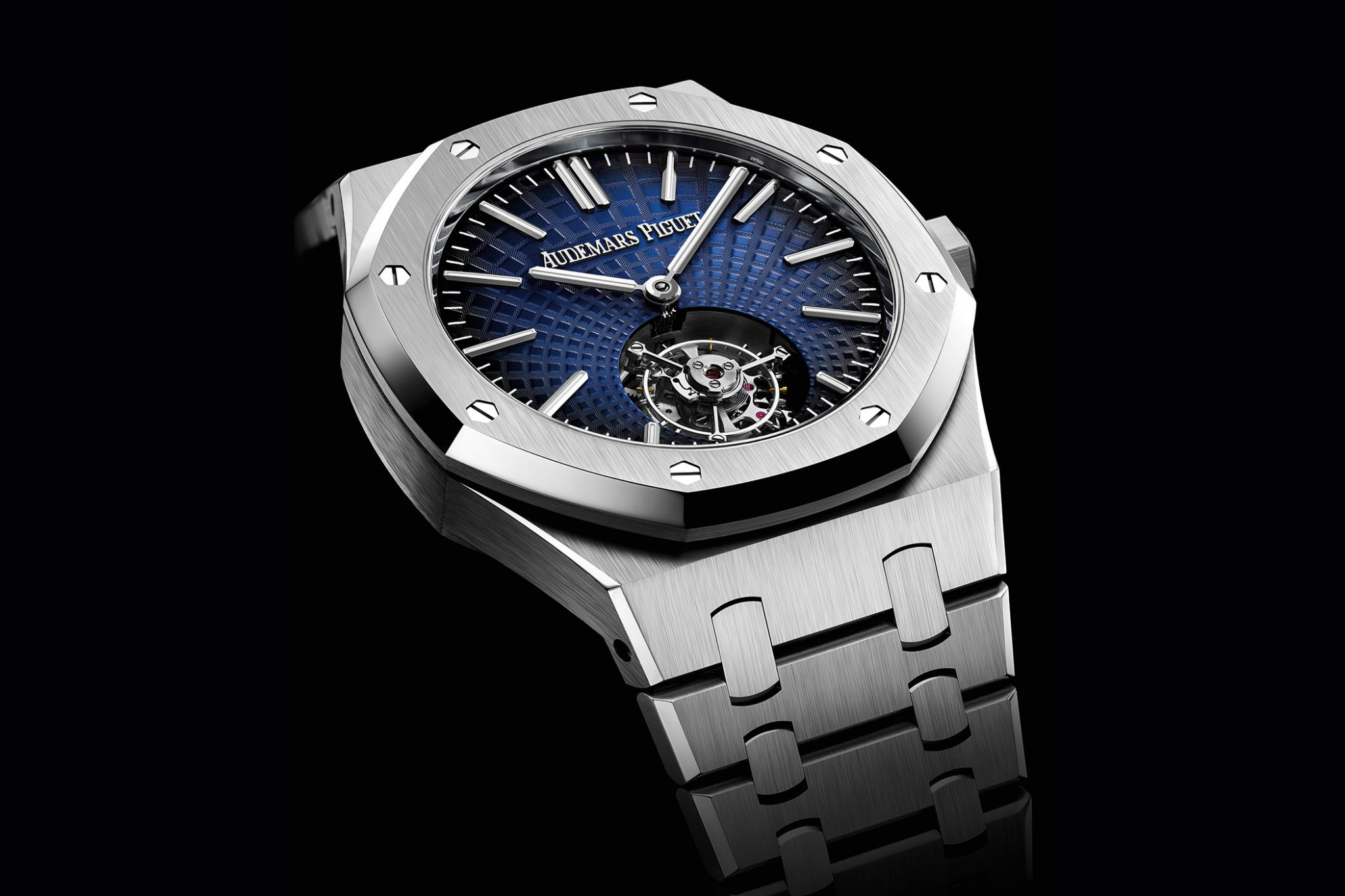 Audemars-Piguet-Royal-Oak-RO-26530ST-OO-1220ST-01-Blue-Steel